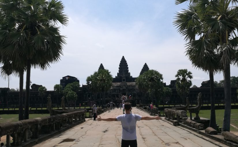 Cambogia, dal terribile passato dei Khmer rossi ai meravigliosi templi di Angkor